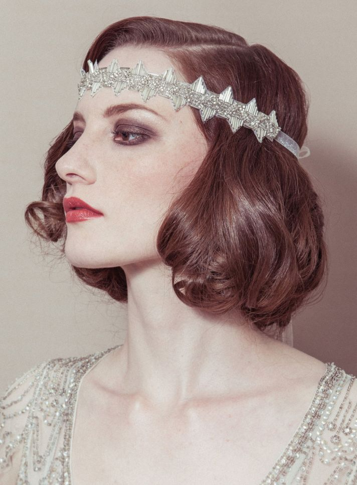 coiffure headband cheveux courts